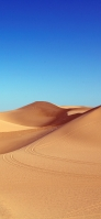 青空の下のサハラ砂漠 iPhone 11 Pro スマホ壁紙・待ち受け