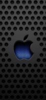 黒いメタルの穴 青い穴のアップルロゴ iPhone 12 スマホ壁紙・待ち受け