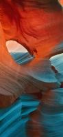 洞窟の空洞 青い光 iPhone 11 Pro Max スマホ壁紙・待ち受け