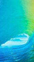 鮮やかな波と青空 iPhone SE (第2世代) スマホ壁紙・待ち受け