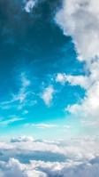 綺麗な青空と白い雲 iPhone SE (第2世代) スマホ壁紙・待ち受け
