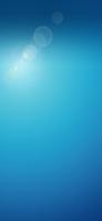 光の乱反射 青の背景 iPhone 11 スマホ壁紙・待ち受け