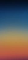 シンプルで綺麗な青とオレンジのグラデーション iPhone 11 スマホ壁紙・待ち受け