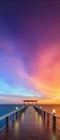 綺麗な桟橋 紫・黄色の空 Xperia 10 III Androidスマホ壁紙・待ち受け