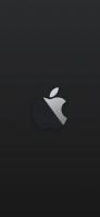 黒い背景 黒と白の林檎マーク iPhone 12 mini スマホ壁紙・待ち受け