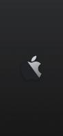 黒と白の林檎のロゴ 黒の背景 iPhone 12 スマホ壁紙・待ち受け