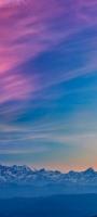 ピンク・青のグラデーションの空 雪山 Mi 11 Lite 5G 壁紙・待ち受け